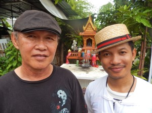Working with Thai artists Khun Maitree and Worawuth Srakeo at Joy's House, Chiang Mai.