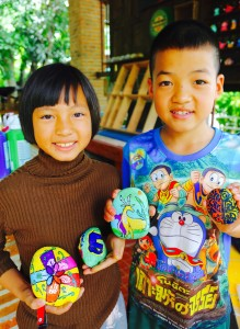 Peemai and Anon with their decorated dreamstones